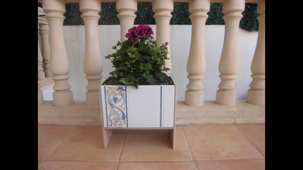 macetero azulejos reutilizados